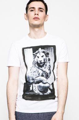 Man's T-shirt Grand Hotel Budapest biały