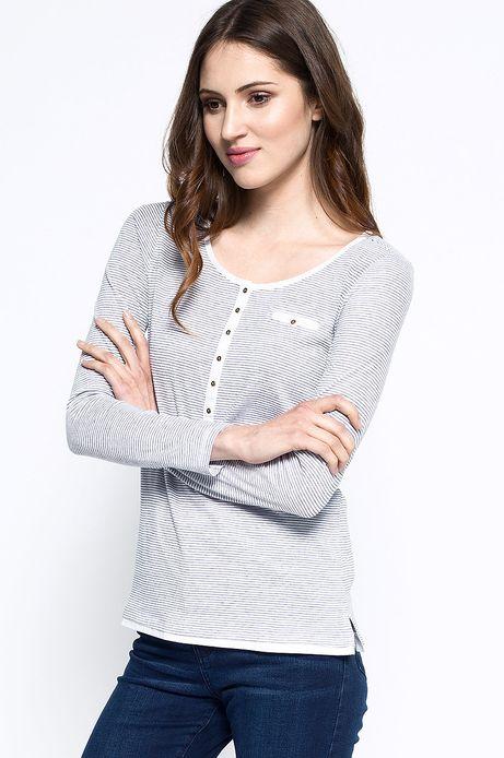 Woman's Bluzka Artisan