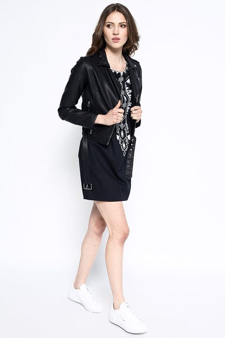 Woman's Kurtka Artisan czarna