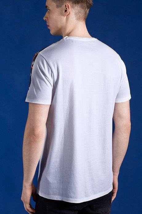 T-shirt Patryk Hardziej for Medicine biały