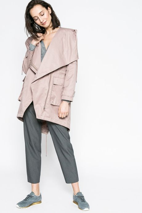 Woman's Przejściowa kurtka damska z kapturem rożowa