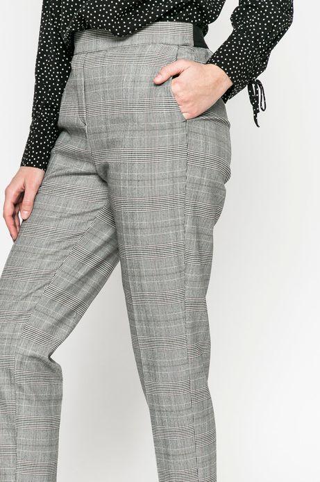 Spodnie damskie Comfort Zone białe