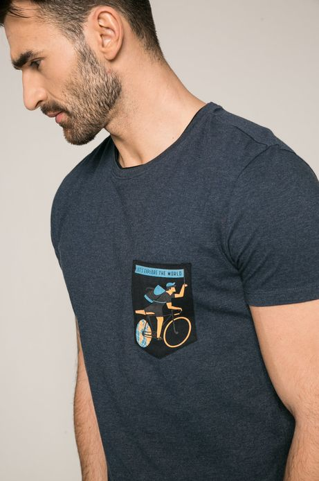 Man's T-shirt męski Dawid Ryski For Medicine granatowy