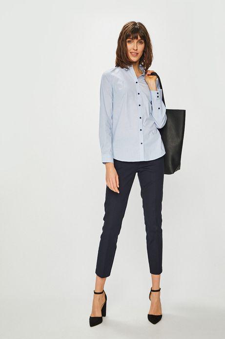 Koszula damska o prostym kroju niebieska