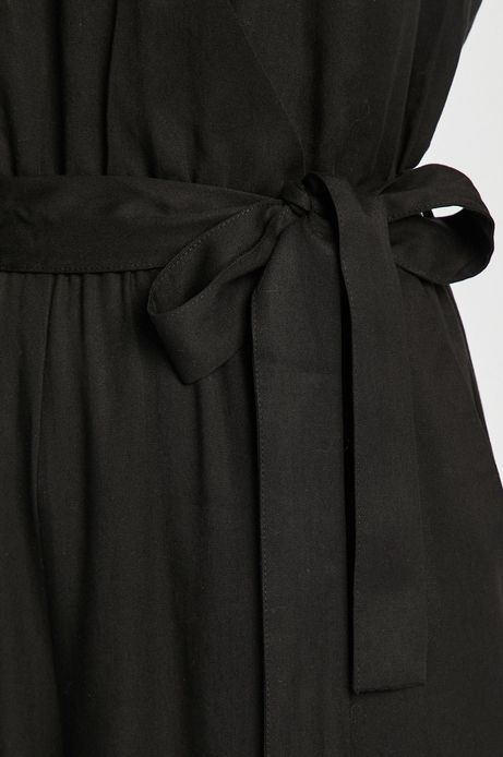 Kombinezon damski z kopertowym dekoltem czarny