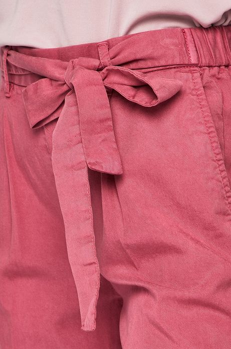 Spodnie damskie wiązane w pasie różowe