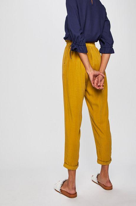 Spodnie damskie wiązane w pasie żółte