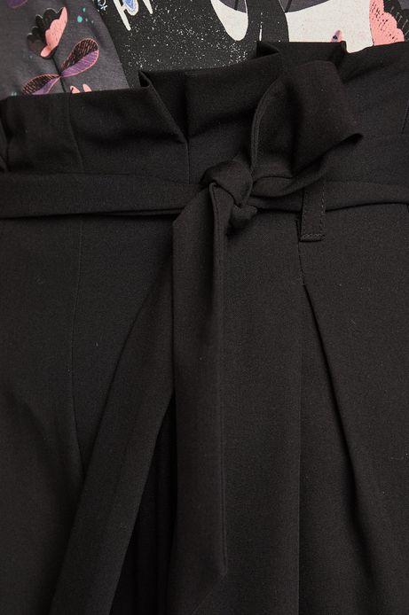 Spodnie damskie z szerokimi nogawkami czarne