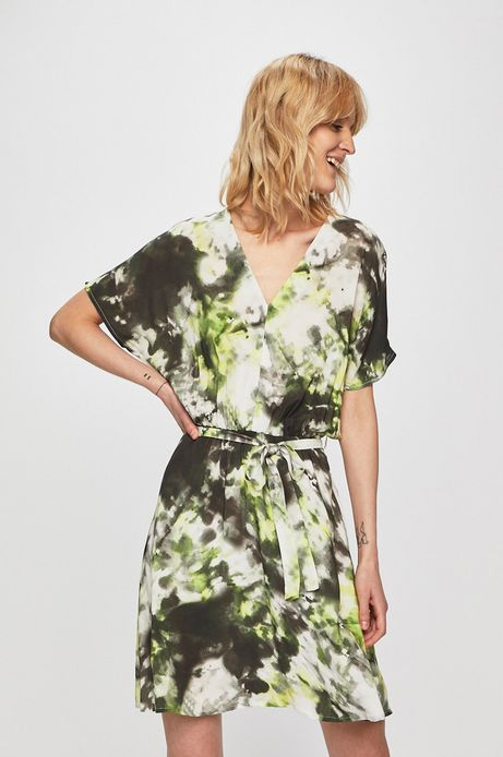 Sukienka damska wiązana w talii