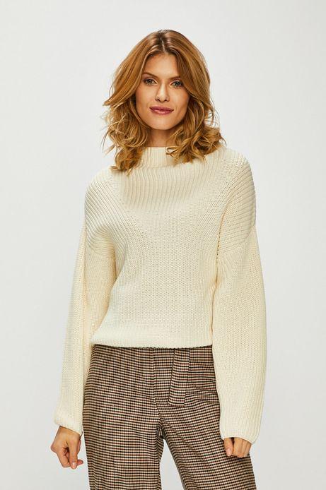 Sweter damski z dekoltem typu łódka kremowy
