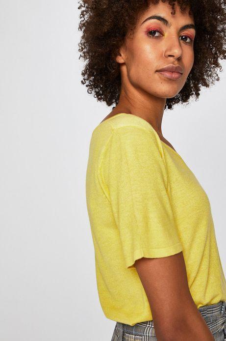 Top damski ze spiczastym dekoltem żółty