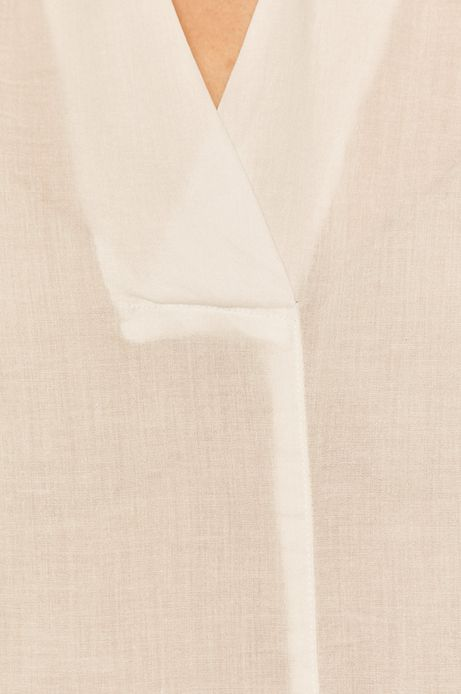 Bluzka damska z rękawami 3/4 biała