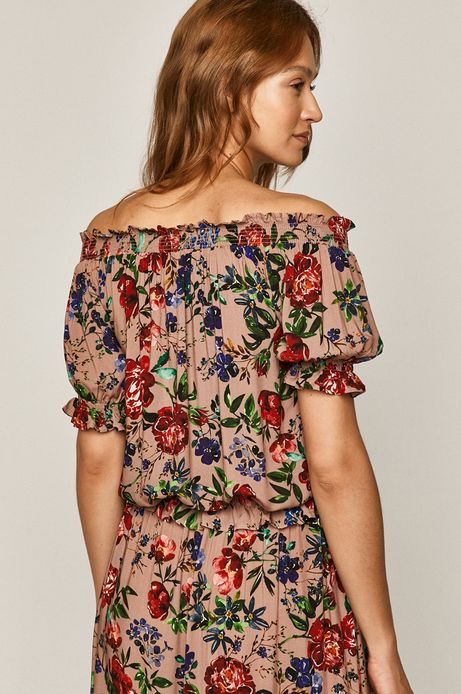 Bluzka damska z odkrytymi ramionami różowa
