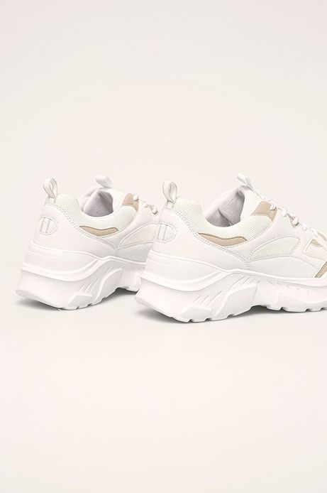 Buty damskie na grubej podeszwie białe