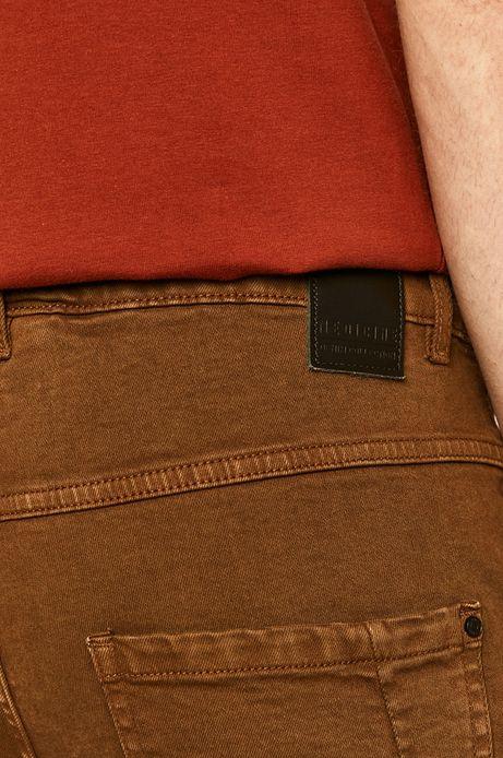 Jeansy męskie slim brązowe