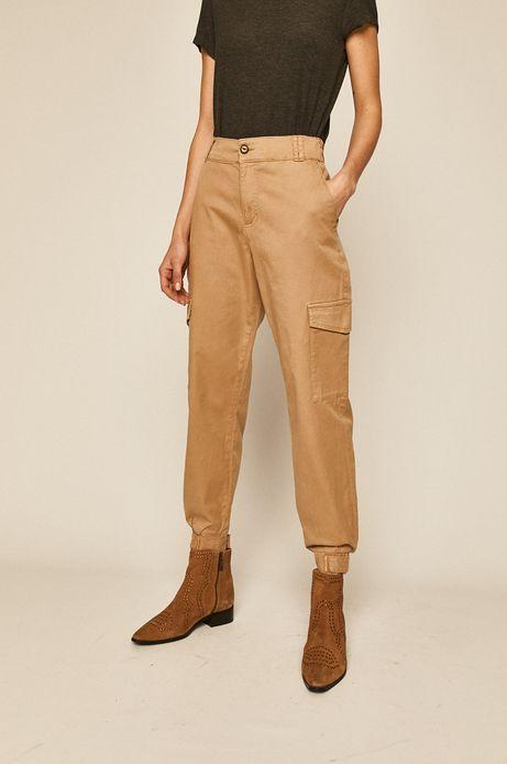 Spodnie damskie z kieszeniami cargo beżowe