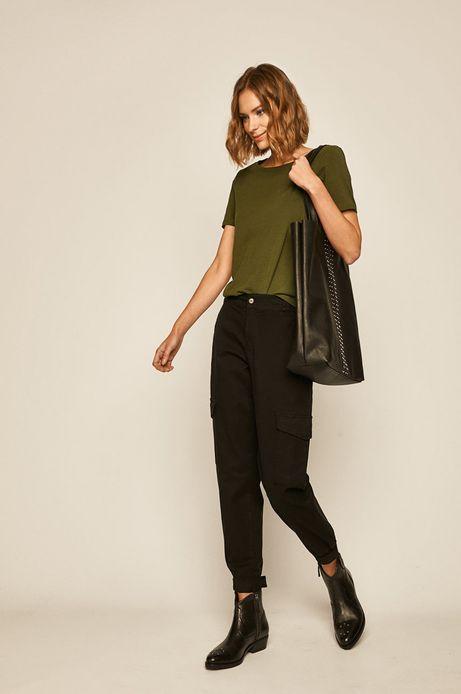 Spodnie damskie z kieszeniami cargo czarne