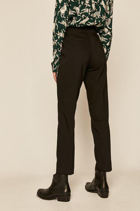 Spodnie damskie z kantem czarne