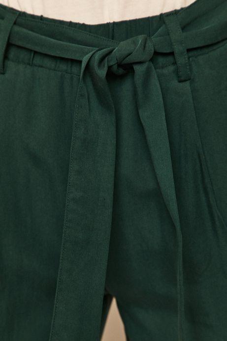 Spodnie damskie wiązane w talii zielone