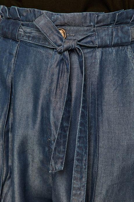 Szorty damskie wiązane w talii niebieskie