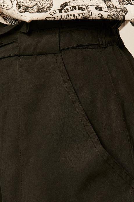 Szorty damskie wiązane w talii czarne