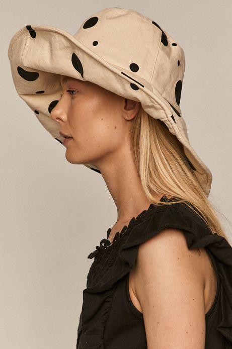 Lniany kapelusz damski w grochy beżowy