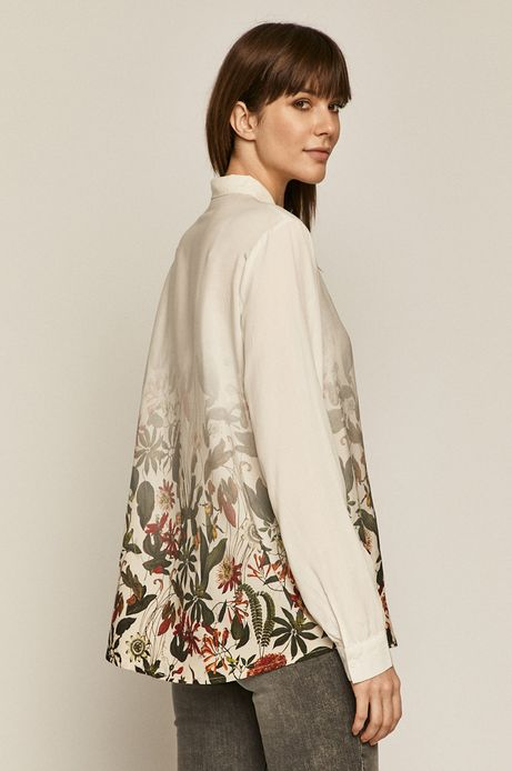 Koszula damska w roślinny wzór beżowa