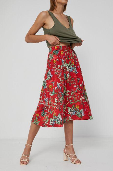 Rozkloszowana spódnica damska w kwiatowy wzór  czerwona