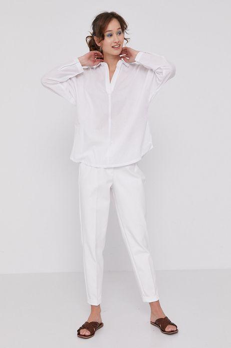 Spodnie damskie z podwyższonym stanem białe