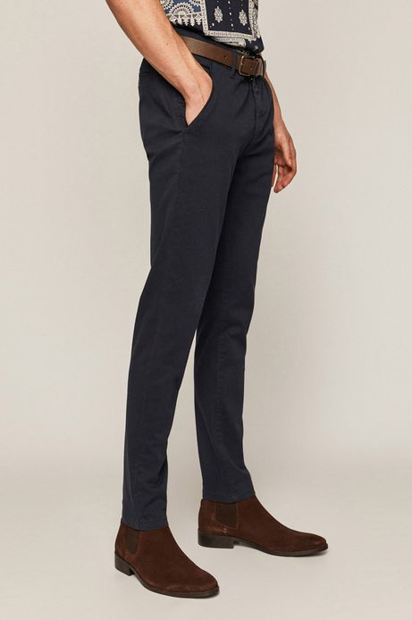 Spodnie męskie w drobny wzór z paskiem granatowe