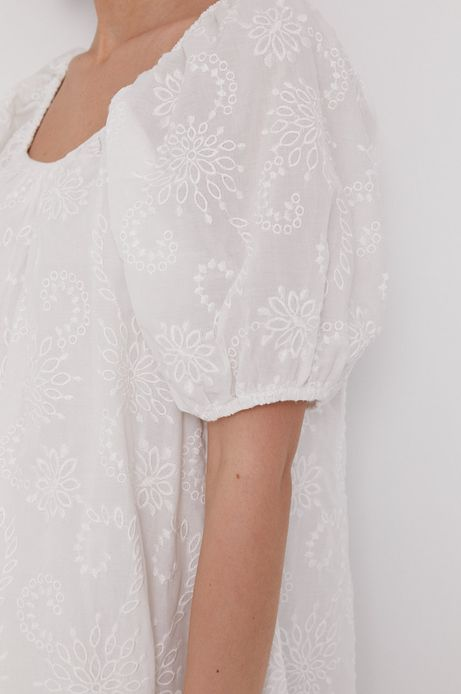 Sukienka damska z haftem biała