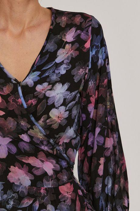 Sukienka damska w kwiaty z zakładanym dekoltem czarna