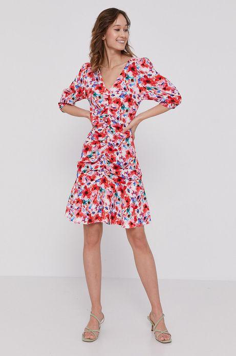 Dopasowana sukienka damska z marszczeniami