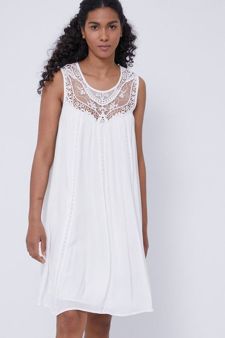 Sukienka damska z wiskozy z koronkową wstawką biała