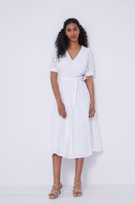 Ażurowa sukienka damska z dekoltem V biała