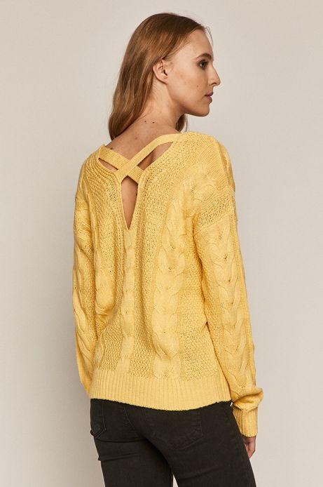 Sweter damski z warkoczowym splotem żółty