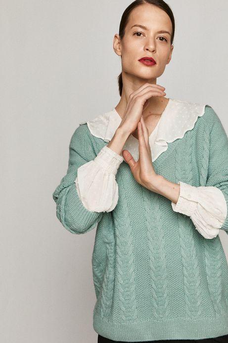 Sweter damski z warkoczowym splotem zielony