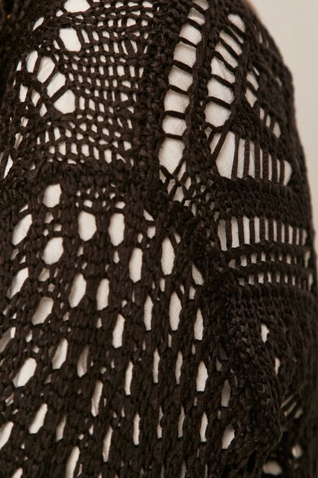 Ażurowy kardigan damski z frędzlami czarny