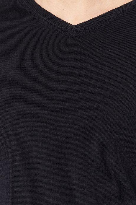 Sweter męski z dekoltem w serek granatowy