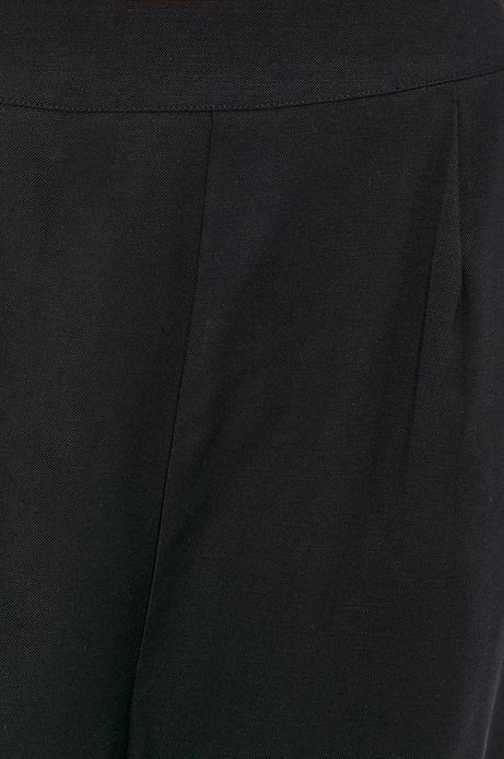 Szorty damskie z szerokimi nogawkami czarne