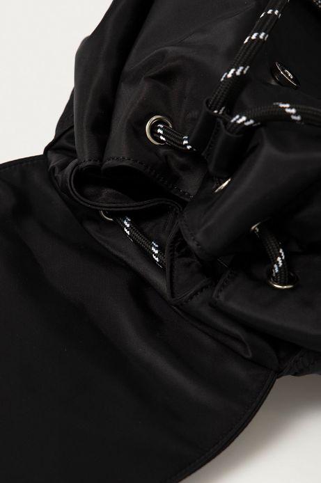 Plecak damski z klapką czarny