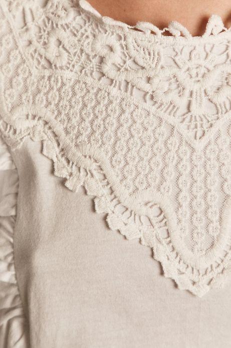 Top damski z bawełny organicznej z koronkową wstawką i falbanką biały