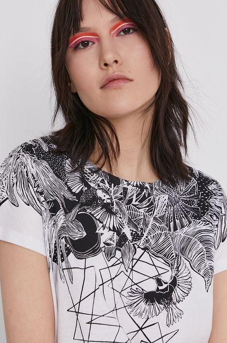 T-shirt damski by Magdalena Parfieniuk biały
