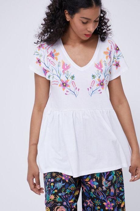 T-shirt damski z ozdobnym wiązaniem na plecach biały