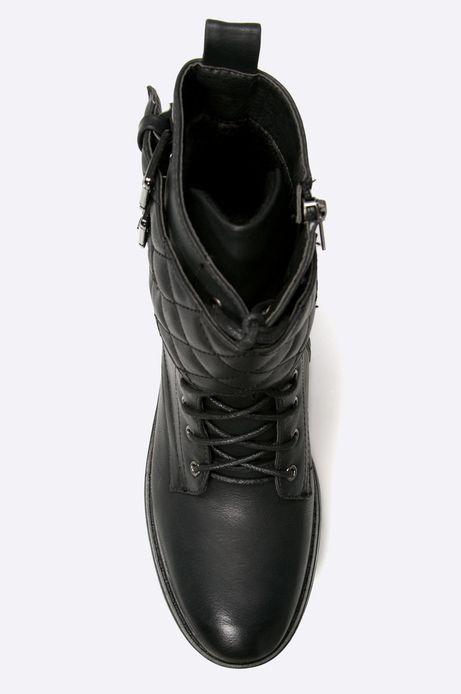 Woman's Botki Inverness czarne
