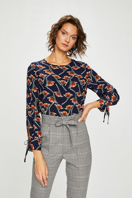 Woman's Bluzka damska granatowa w kwiaty