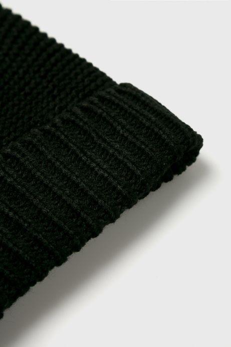 Czapka damska czarna z pomponem