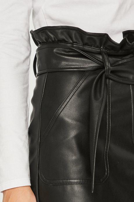 Spódnica damska czarna ze skóry ekologicznej z paskiem