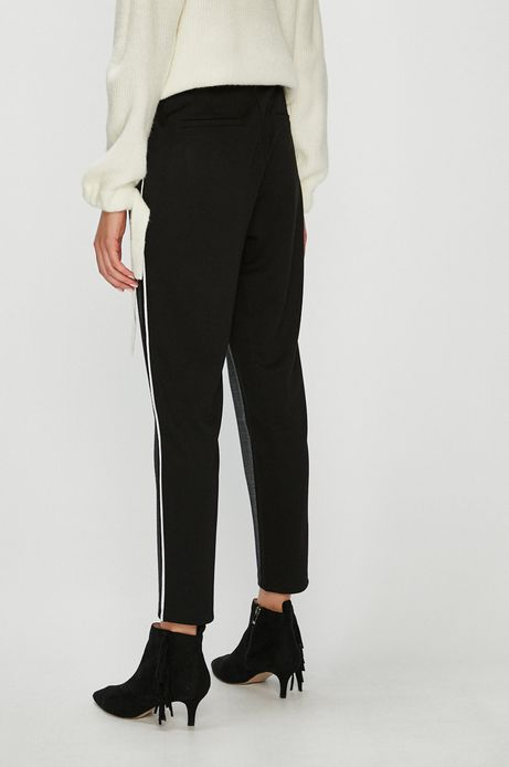 Spodnie damskie czarne luźne