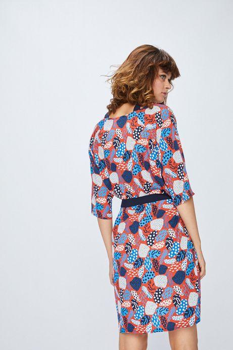 Sukienka wzorzysta ze szpiczastym dekoltem